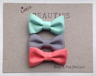 Girls Hair Bow Set - Mini tuxedo bow - fabric hair bows with alligator clips