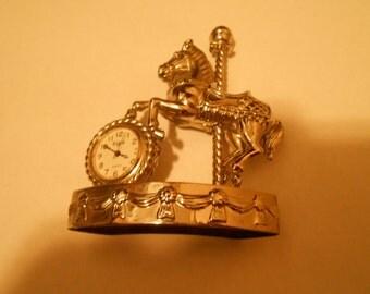 elgin desk clock