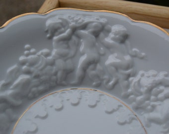 Holiday cherub baby angel plates