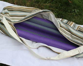 yoga bag, cabana stripe, zippered opening, outside pockets, adjustable strap, yoga mat bag, made by Aicynshell Bags