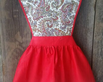 Vintage apron red paisley. Brenda Lee apron by Kelton. Pin up.