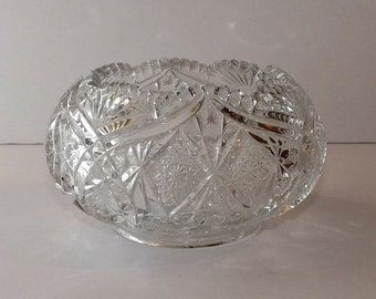 """3.5"""" tall saw tooth scaloped edge pressed glass candy/nut bowl"""