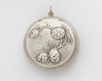 Petit French Powder Compact Art Nouveau Pendant Pill Box Medaillon Locket