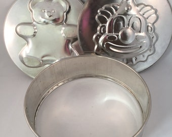 2 in 1 Spring Cake Pan, Clown and Teddy Bear Inserts, Birthday Party Cake Pan