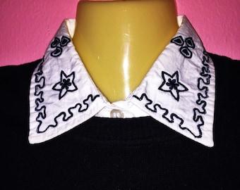 Vintage Petite Collar, Size S