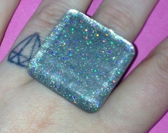 HOLOGRAPHIC silver glitter square statement ring - kitsch kawaii
