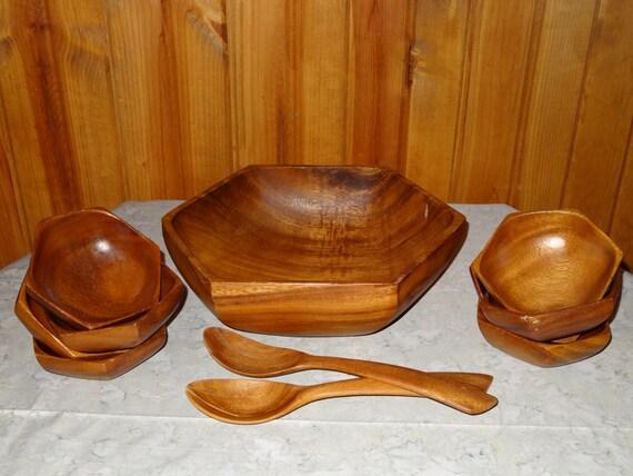 Carabao Hand Carved Octagonal Monkey Pod Salad Bowl Set