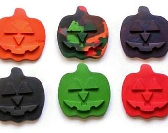 Jumbo Pumpkin crayons - set of 5, jack-o-Lantern crayons, Halloween party favors, sugar free trick or treat, classroom party treats