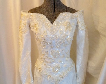 Shop closing Vintage 80s white wedding gown sequin lace pearl size ex small