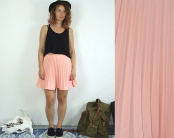 80's vintage women's pink high waisted mini pleated skirt