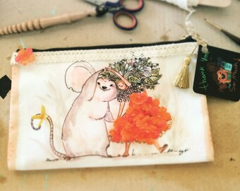 Thumbelina Pouch!