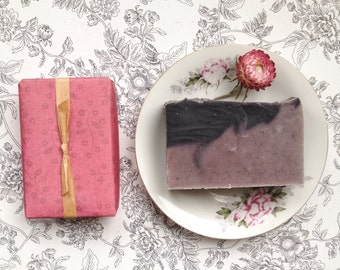 All Natural Honeysuckle Cold Process Soap - Handmade Bar Soap Bath and Beauty Products