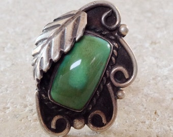 Native American Old Pawn Navajo Turquoise Sterling Silver Ring Size 8.5  1970's
