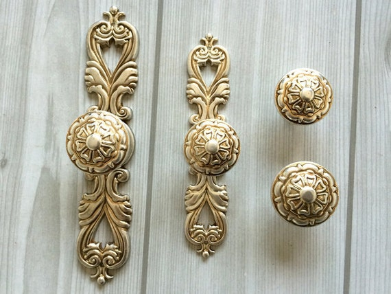 Shabby Chic Dresser Drawer Knobs Pulls Handles Antique Silver Kitchen Cabinet  Knobs Handles Pull Ornate Knob Back Plate Decorative Hardware From ...