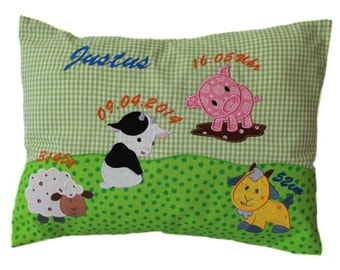 Pillow with request name and born data (DK07)
