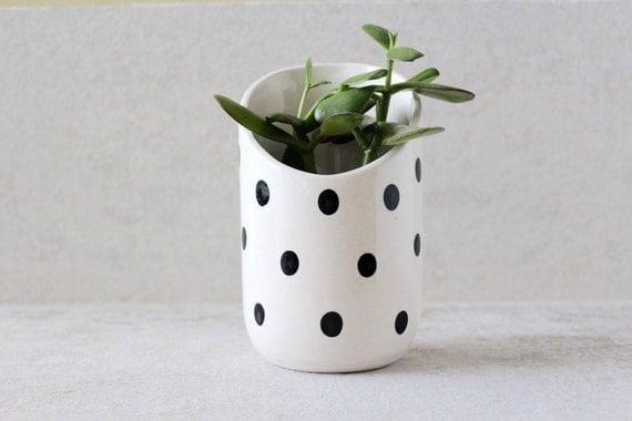 polka dot flower vase