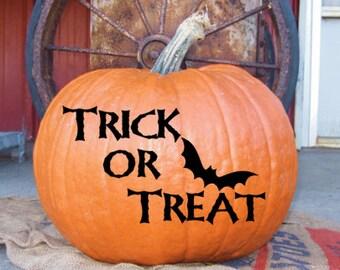 Trick or Treat pumpkin decal with bat - DIY