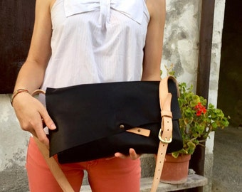 leather messenger  bag hand crafted in Italy.