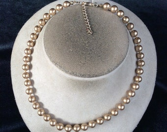 Vintage Gold Colored Beaded Necklace