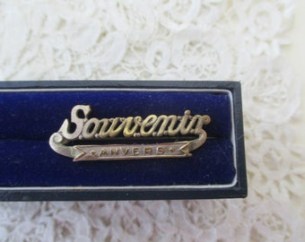 Anwerp souvenir brooch 1930's