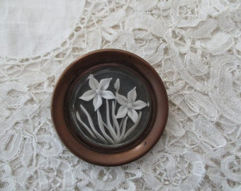 1930's lucite brooch