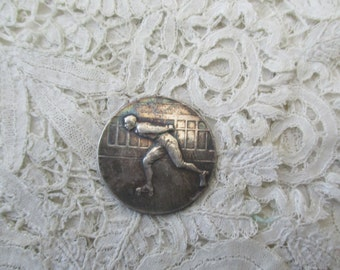 Antique rollar skating medal 1910 for the collector