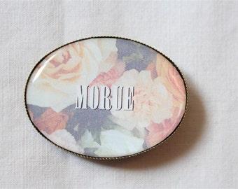 "Badge/pin ""Cod"" - vintage wallpaper"