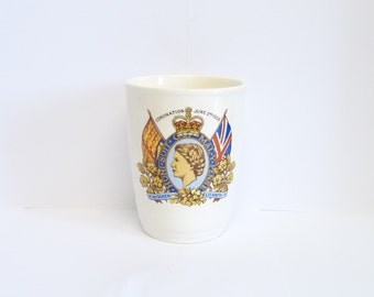 HM Queen Elizabeth II Coronation, 2nd June 1953, Commemorative Beaker or Tumbler, Royal Souvenir, Vintage Royal Memorabilia, English