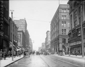 Walnut Street, Kansas City, Missouri in 1906  Photo Print