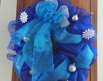 Holiday Mesh Wreath