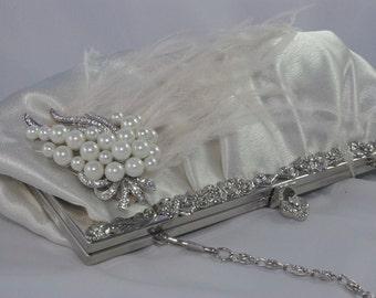 Ostrich Feather Wedding Handbag, Feather Bridal Clutch, Pearl Bridal Clutch Bag, Ivory Feather Wedding Handbag, Ivory Pearl Wedding Clutch