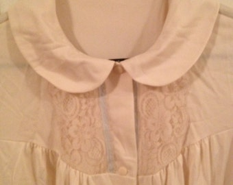 Vintage yellow nightgown with blue accent
