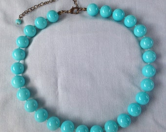 1950s light blue glass bead necklace