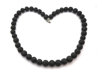 Black lava stone necklace, black lavastones black lava stones, stainless steel 316 l finishing, lava necklace, black necklace, natural stones