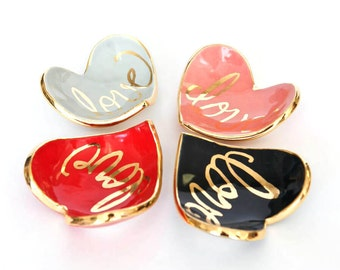 Made to order Heart shaped handmade ring dish with 22K gold luster overglaze with Love Calligraphy, Bridesmaids, Wedding Gift, Ring Dish
