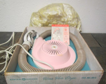 Vintage Pink HOME HAIR DRYER H D-1, General Electric , 4 settings, strap and Bonnet : midcentury