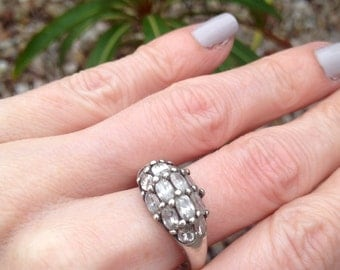 Vintage sterling silver white stone ring