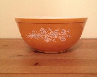 Butterfly Gold Pyrex Mixing Bowl #403 Orange