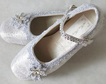 WeDDING LACe FLATS - Little Girl WHITE Ballet Flats - Metallic Silver Venise Lace Trim