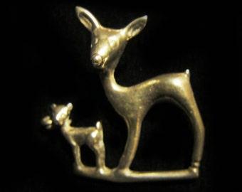 Cute Art Deco sterling silver deer pin