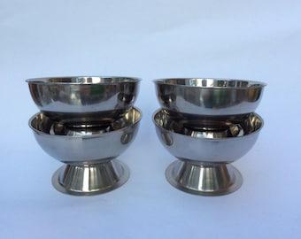 Vintage 4 bowls stainless steel set serving ice cream dessert grapefruit dips retro Mad Men era 1960s
