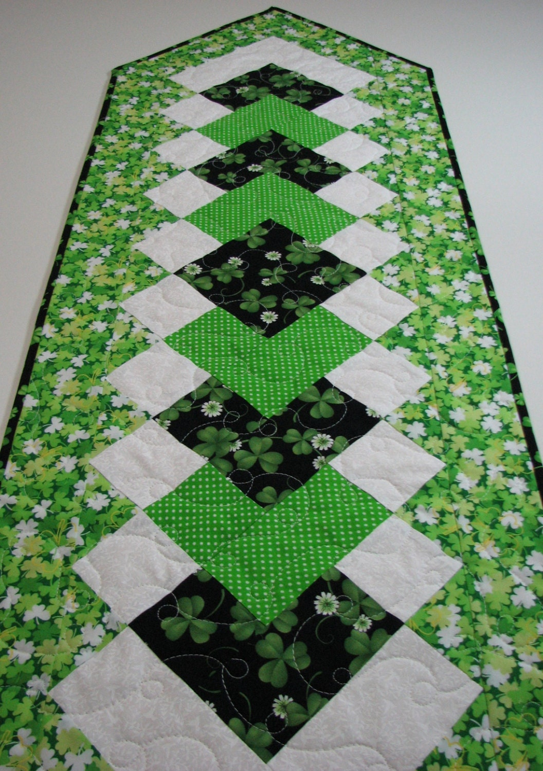 Quilted Table Runner St Patrick S Day Table Runner