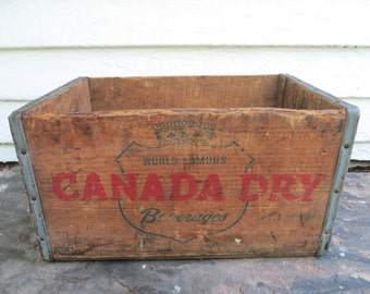 1947 canada dry crate ~ rustic wooden pop crate ~ wood soda crate ~ rustic wooden box ~ wood box ~ rustic storage box