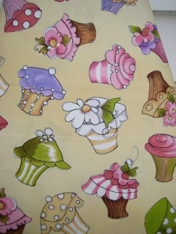 housse de planche repasser cupcake delight carton standard. Black Bedroom Furniture Sets. Home Design Ideas