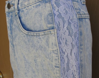 Vintage Gitano size 11/12 medium acid washed extra long knee length denim jean shorts 80s 90s 1980s 1990s high waisted