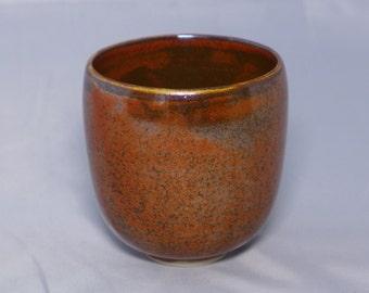 Stoneware tumbler, kaki glaze