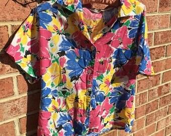 VINTAGE Diane von Furstenberg floral button up blouse SIZE SMALL