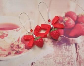 earrings strawberry
