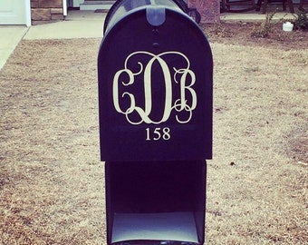 Outdoor Personalized Mailbox Decal (Monogram)