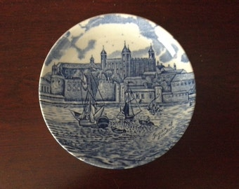 blue and white tower of london plate